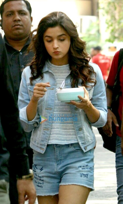 help me find alia bhatts striped high neck tshirt with a cool denim jacket just like the one alia is wearing - SeenIt