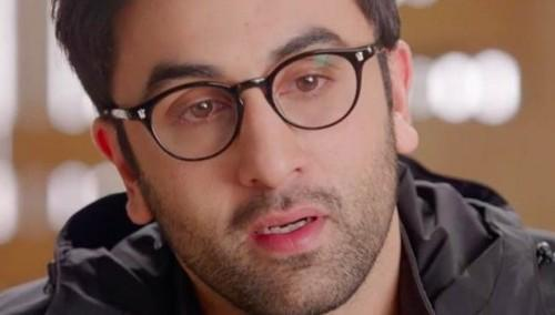 b62fbdc691 Does anyone know which brand of eyeglasses is Ranbir kapoor wearing in ae  dil hai mushkil