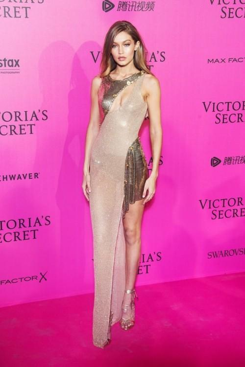 Dripping the glamour in nude! Gigi Hadid at the Victoria's Secrets After Party.  - SeenIt