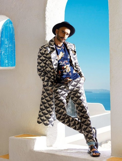 Do you think Ranveer Singh has pulled off this look perfectly? - SeenIt