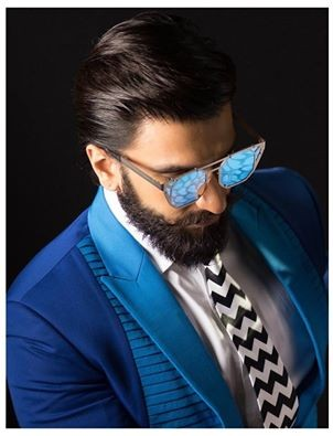 Who other than Ranveer Singh would've thought of wearing a chevron print tie?? - SeenIt