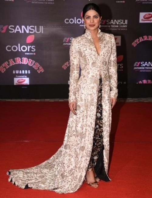 Priyanka Chopra in Anamika Khanna's embellished jacket and pants at the Stardust Awards 2016. - SeenIt