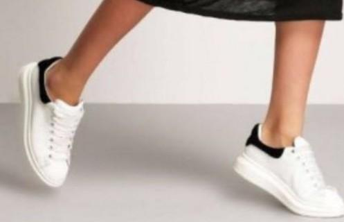 need those puma's white basket sneakers - SeenIt