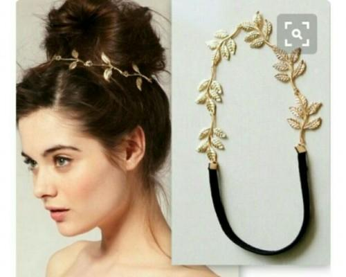 want a similar golden leaf hair accessory - SeenIt