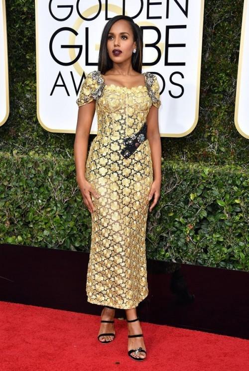 Kerry Washington in Dolce & Gabbana yellow lace dress at the Golden Globe Awards 2017. - SeenIt
