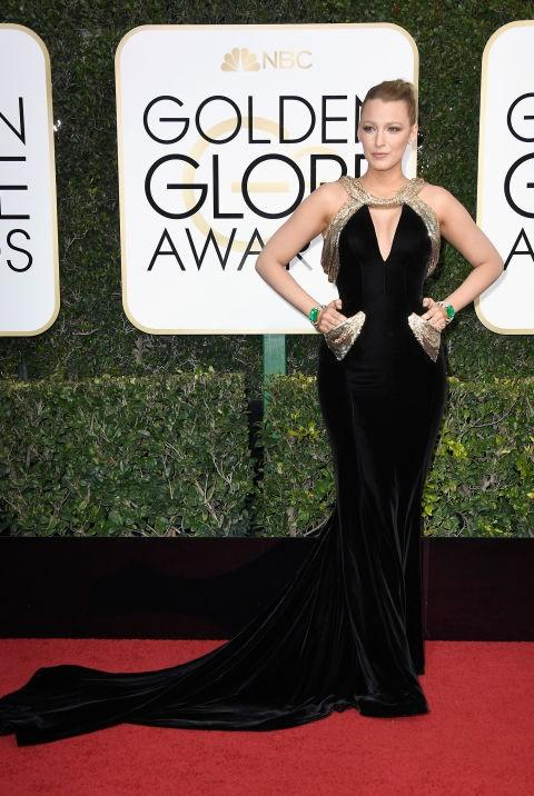 Blake Lively in a black Varsace gown at the Golden Globe Awards 2017. - SeenIt