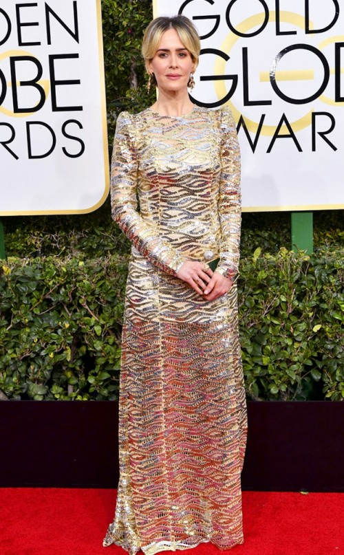 Sarah Paulson in an embellished gown at the Golden Globe Awards 2017. - SeenIt