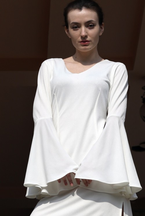 Find me this bell sleeves, v neck white top - SeenIt