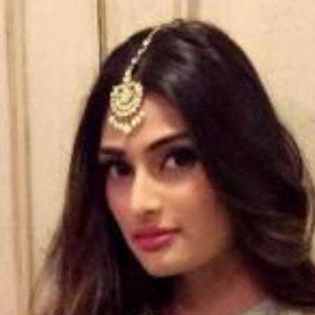 need this maangtika athiya shetty is wearing - SeenIt