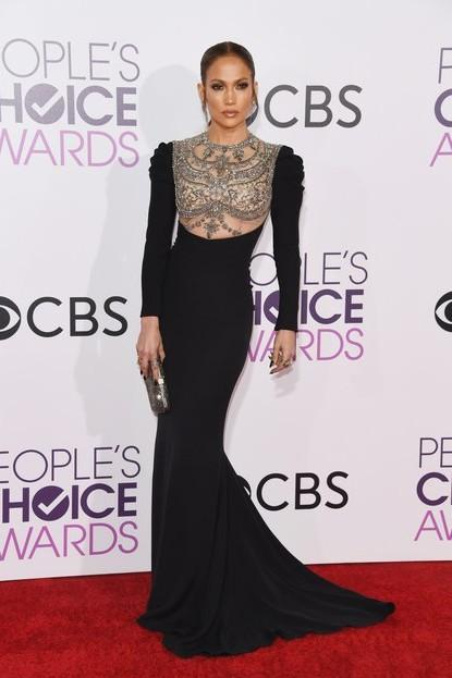 Jennifer Lopez in a gorgeous Reem Acra black gown at the People's Choice Awards 2017. - SeenIt