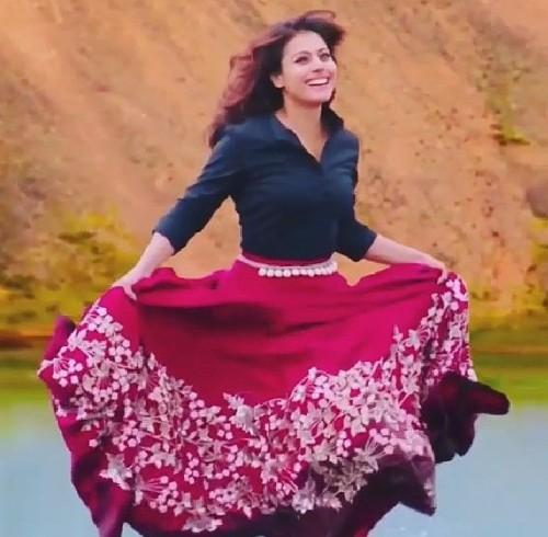 7a6ab44a5a want a similar pink maxi skirt like kajol is wearing - SeenIt