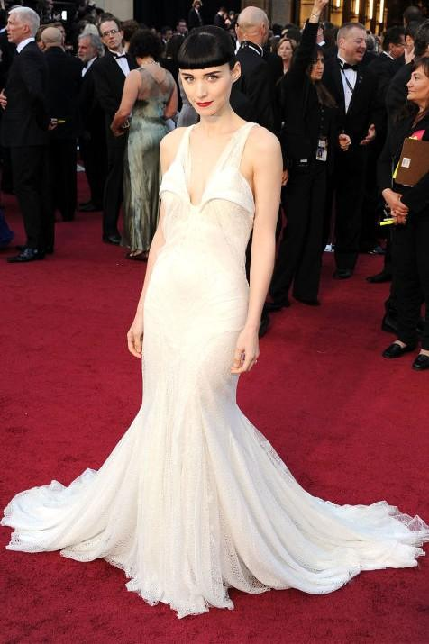 Rooney Mara in Givenchy Haute Couture white gown at the Oscars 2012. - SeenIt