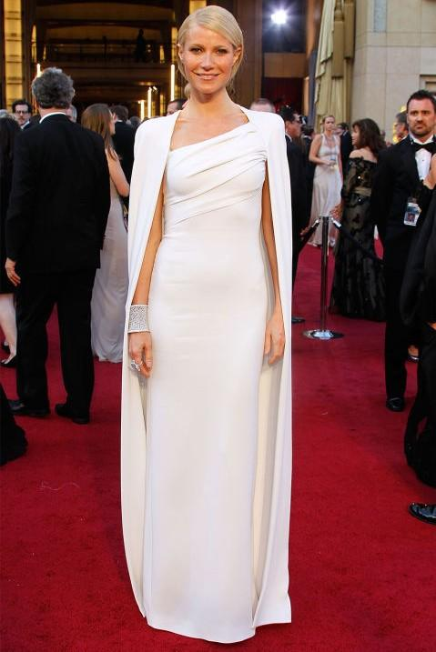 Gwyneth Paltrow in Tom Ford white gown with cape at the Oscars 2012. - SeenIt