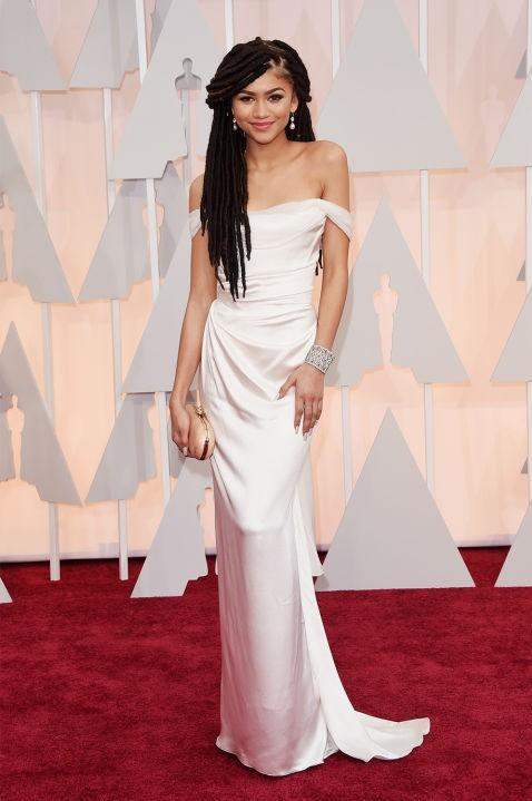 Zendaya in Vivienne Westwood pink off shoulder sleek gown at the Oscars 2015. - SeenIt