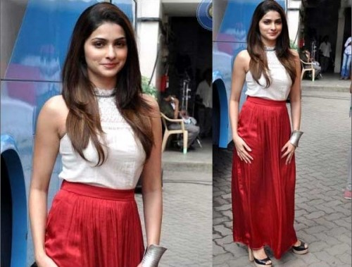 Would like to wear a similar red maxi skirt like Prachi's.. - SeenIt