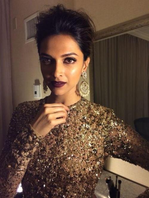 The oxblood lipstick Deepika flaunts so beautifully... - SeenIt