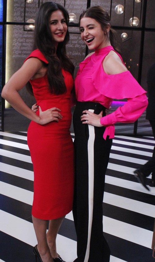 want a similar hot pink cold shoulder top please like the one Anushka is wearing. - SeenIt