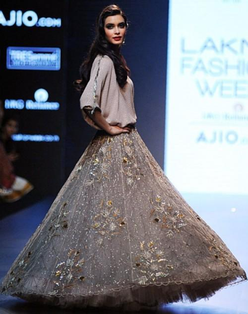 Yay or Nay? Diana Penty walked the ramp as a showstopper in a gorgeous skirt outfit by Payal Signal at the Lakme Fashion Week - SeenIt