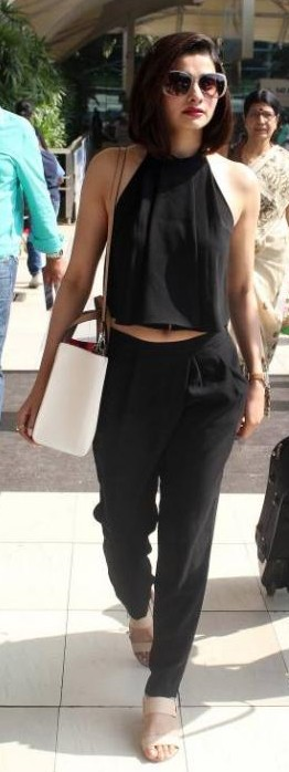 The black pants that Prachi was spotted on at the airport - SeenIt