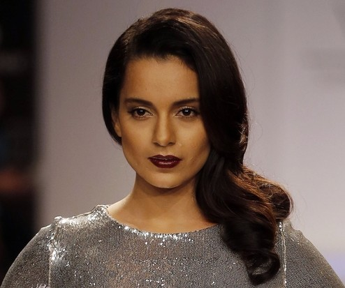 The lipstick that Kangana is wearing , want a similar one - SeenIt