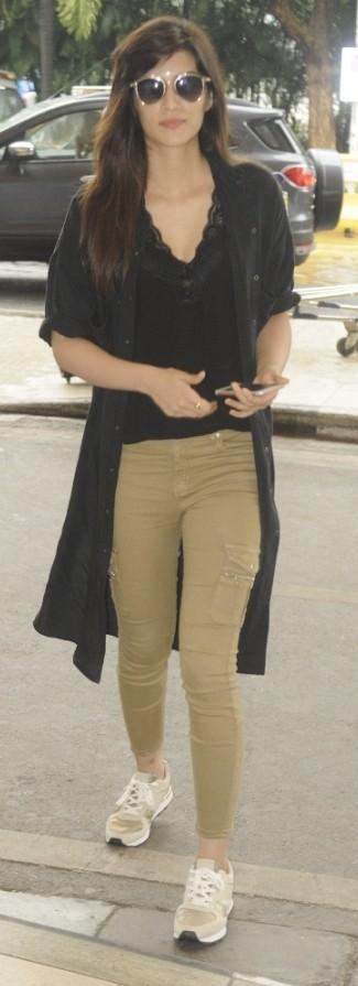 Need to find the similar khaki pants that Kriti Sanon is wearing. - SeenIt