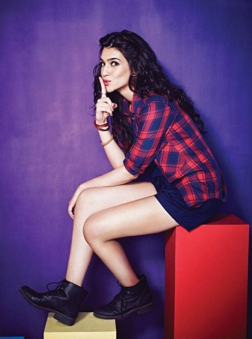 I want something similar to what Kriti Sanon is wearing - the blue and red checked shirt with blue shorts. - SeenIt