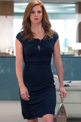 can you help me find a similar black keyhole neck bodycon dress donna is wearing? - SeenIt