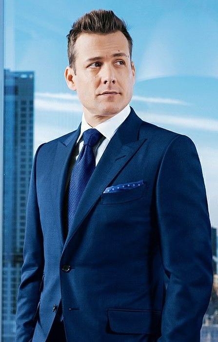 looking for a similar blue colored blazer harvey is wearing - SeenIt