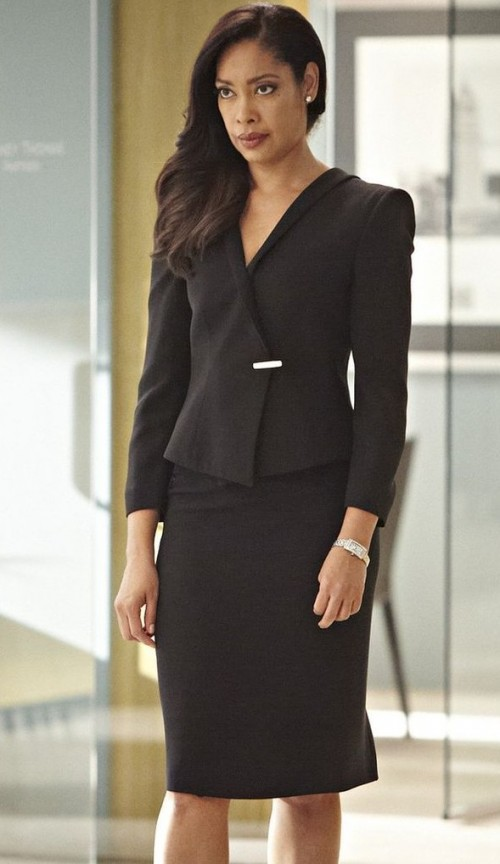 help me find a similar black short coat  and pencil skirt jessica is wearing - SeenIt
