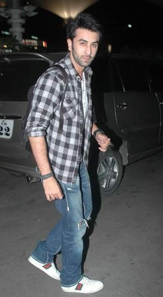 Shahid Kapoor In Red Check Shirt