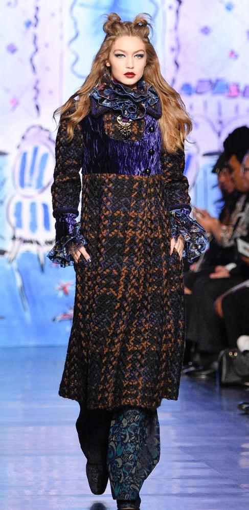 Yay or Nay? Gigi Hadid on the runway during the New York Fashion Week - SeenIt