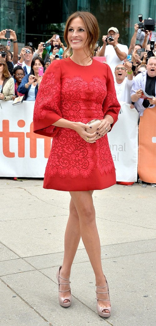 Yay or Nay? This cute little red embroidered dress that Julia Roberts is wearing with nude heels. - SeenIt