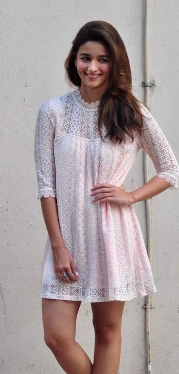 I require Alia's white summer casual dress..Pls help - SeenIt