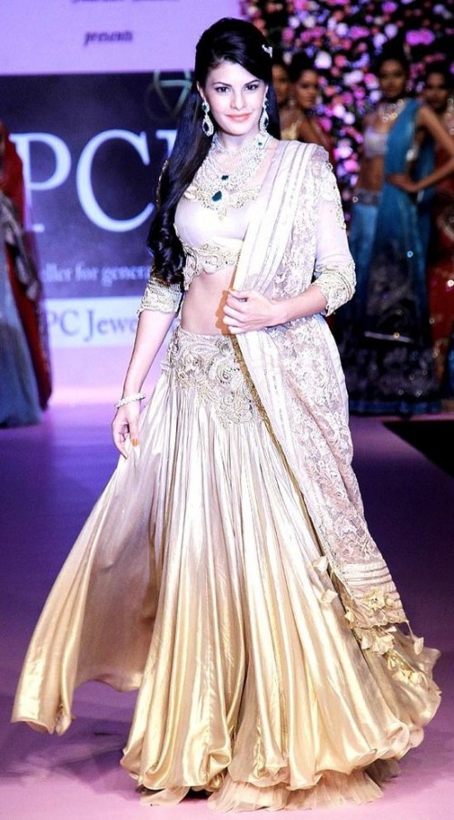 Yay or Nay? Jacqueline Fernandez in a gold gown is looking gorgeous - SeenIt