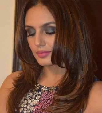Looking for the similar smokey eyes effect that Huma Qureshi is flaunting - SeenIt