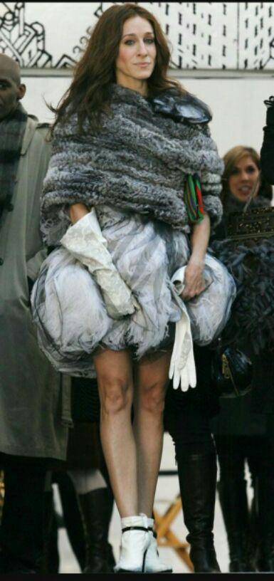 Want the dress that Sarah Jessica Parker is wearing - SeenIt