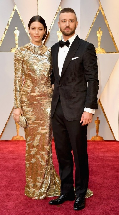 Yay or Nay? Justine Timberlake wearing a Tom Ford suit  attends the Oscars night with Jessica Beil - SeenIt
