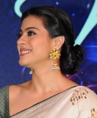 Looking for the gold jhumka that kajol is wearing - SeenIt