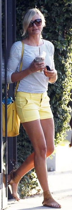 Want similar yellow shorts with white striped top that Cameron Diaz is wearing. - SeenIt