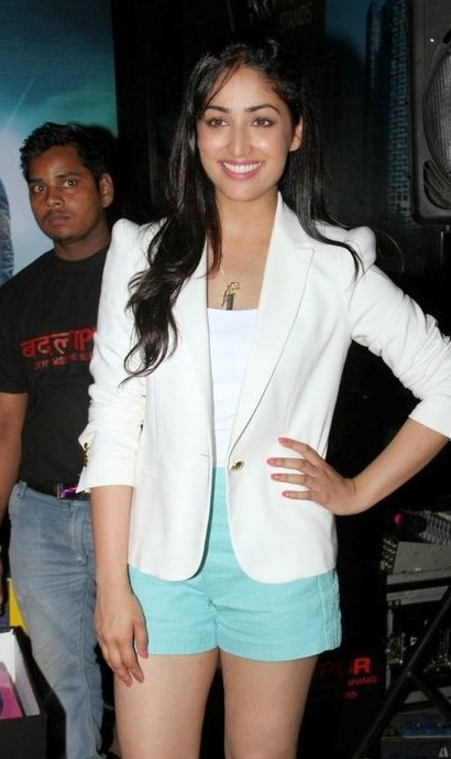 Looking for the white jacket and blue shorts that Yami Gautam is wearing - SeenIt