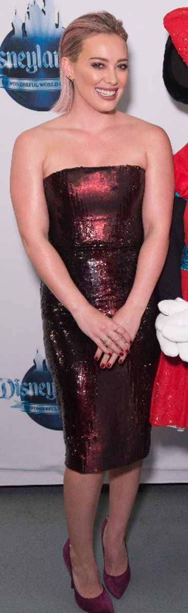 Yay or Nay? The maroon midi bodycon dress that Hilary Duff is wearing - SeenIt