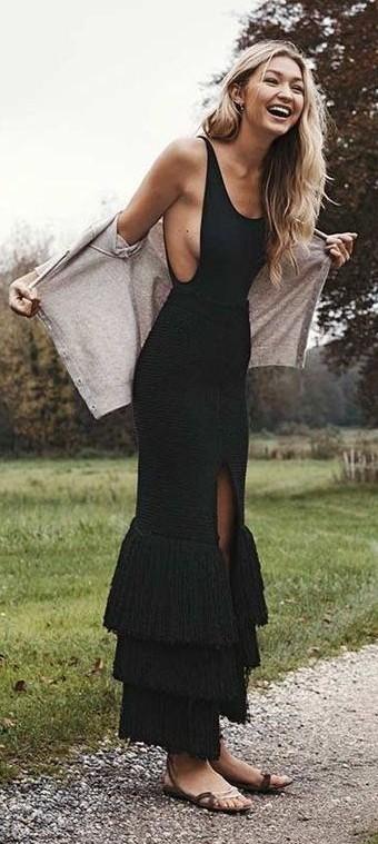 Yay or Nay? The black mermaid gown that Gigi Hadid is wearing - SeenIt