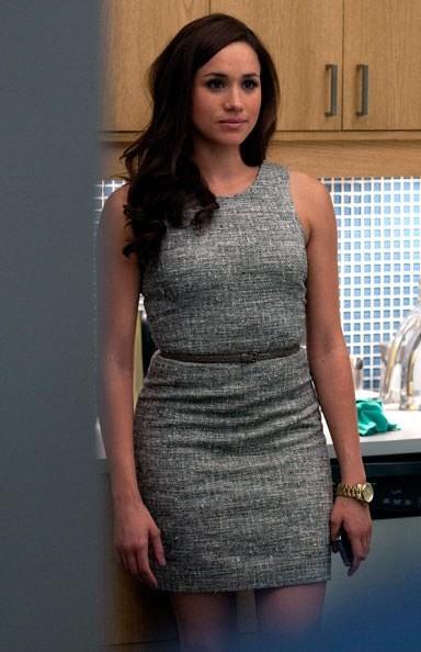 want a grey bodycon belted dress like rachel is wearing - SeenIt