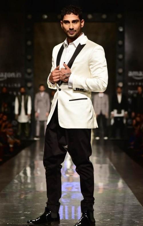 Yay or Nay? Prateik Babbar walked the ramp for Komal & Rahul wearing a white tuxedo jacket during the Amazon Fashion week - SeenIt