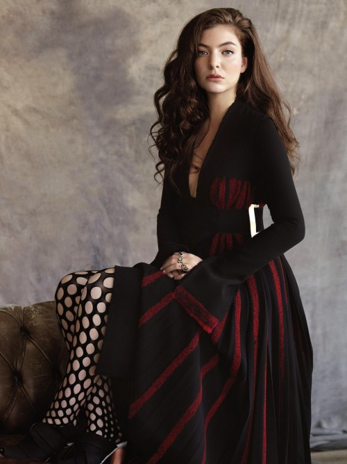 Yay or Na? Need your opinion on Lorde's outfit..Black and red striped dress and perforated black stockings. - SeenIt