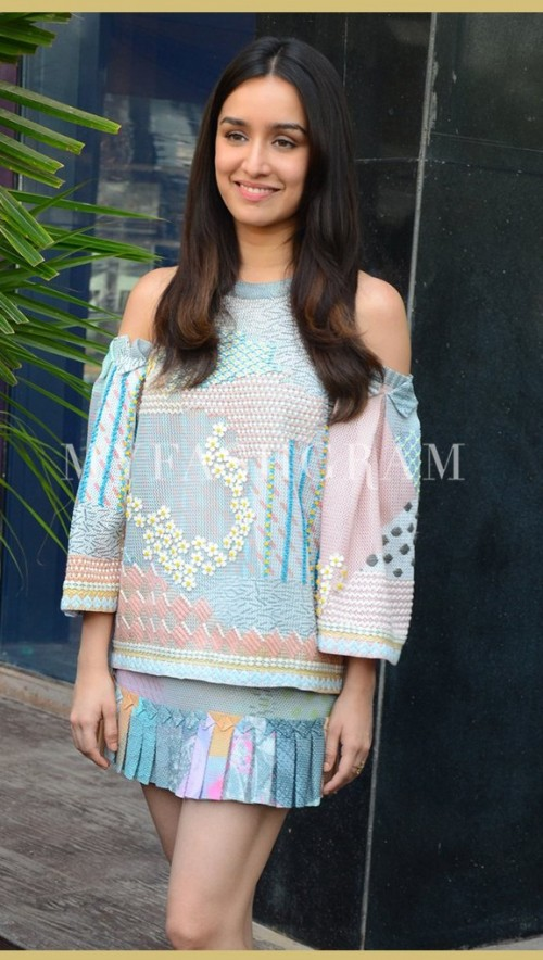 looking for the outfit wore by shraddha kapoor during ok jaanu promotions - SeenIt