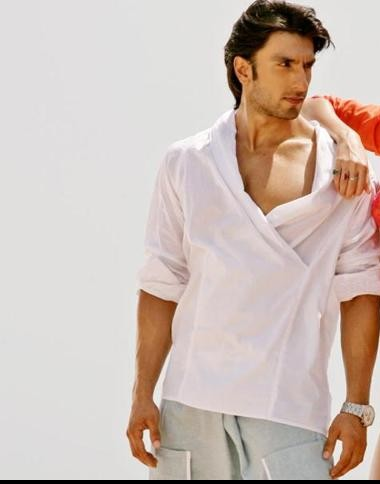 White shirt that ranveer singh is wearing - SeenIt
