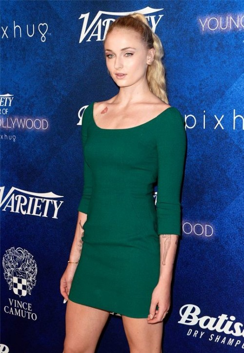 Need a green bodycon dress similar to what Sophie Turner is wearing. - SeenIt
