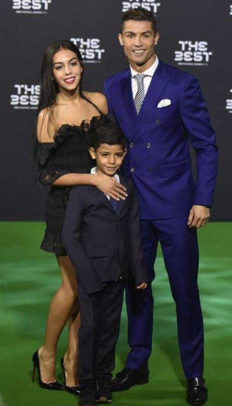 Looking for the navy blue suit that Cristiano Ronaldo is wearing - SeenIt