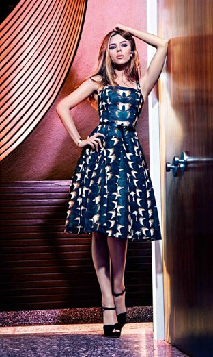 Yay or Nay? Need your opinion on the navy blue printed skater knee length dress that Scarlett Johansson is wearing. - SeenIt
